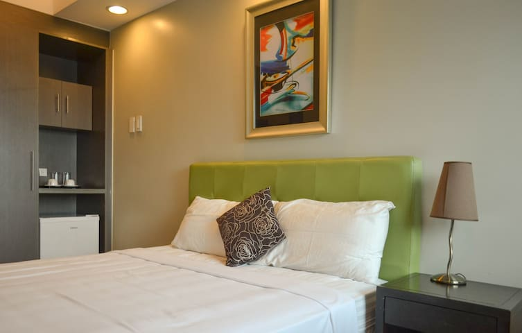 Exchange Regency Hotel - Studio Ortigas CBD! - Pasig - Apartment