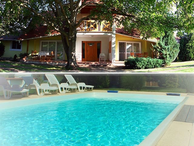 Apartment with pool and free Wi-Fi 'Kerti'