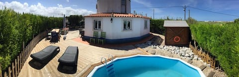 Windmill with garden and Pool close to Ericeira