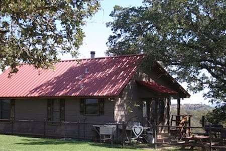 Heart of the Heart Ranch cabin - Fredonia