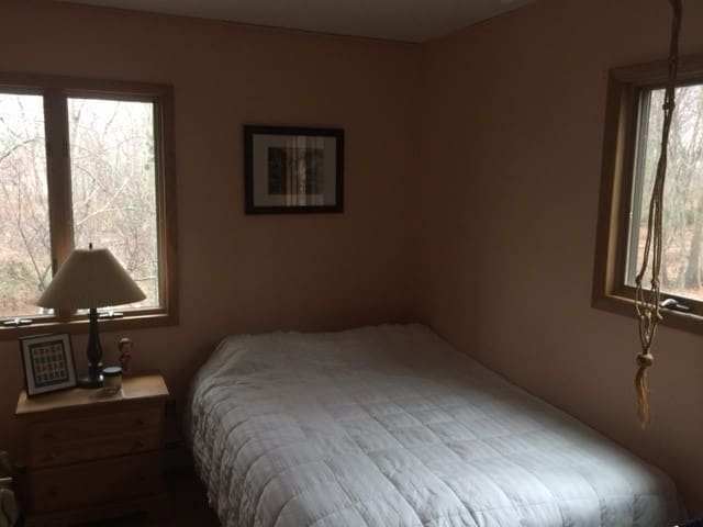 Private room with a view, close to SBU - Setauket- East Setauket - Rumah