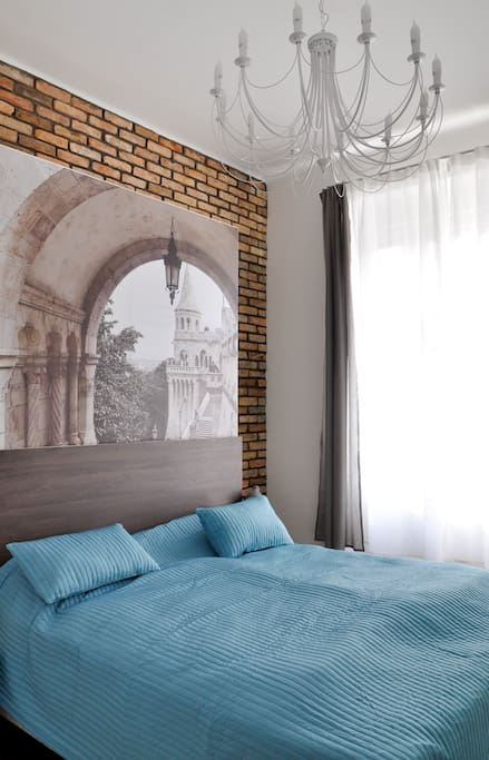 The bedroom with large and comfortable bed and the Fisherman's Bastion.