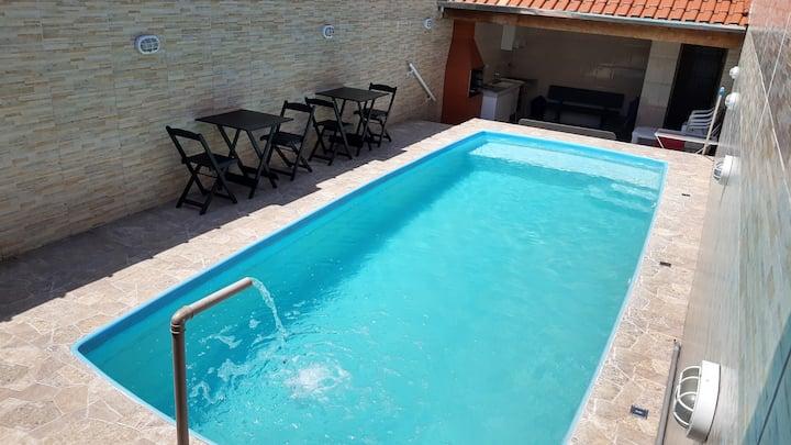 Casa 3, wi fi, ar condicionado, em Mongaguá.