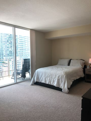 Great private master bedroom in heart of Brickell