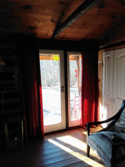 Owens' Knob Log Cabin -