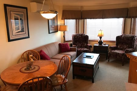 Cozy 1 Bedroom 1 Bath Condo with Waterview! - Egg Harbor