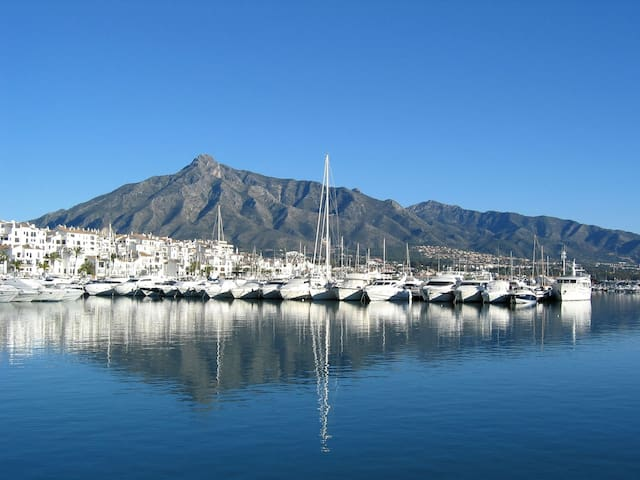 Private 6-7 guest sailboat in Puerto Banus marina - Marbella - Boot