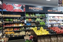 Provincia Food Store, Safety Beach