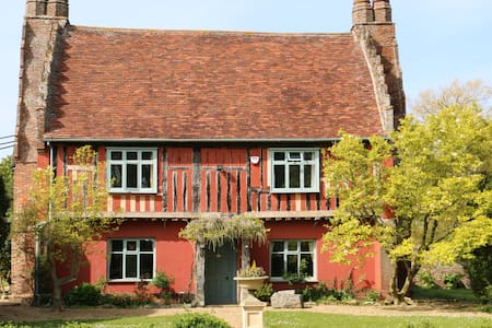 The Attic Suite - a private suite of 3 rooms - Suffolk - House