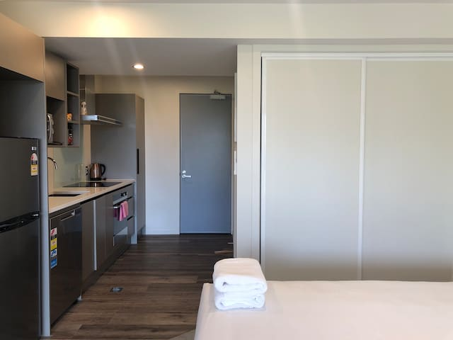 NEW! Located in CHCH City Centre (205)