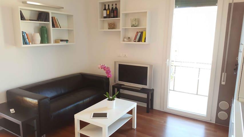Luminosa Guest House a Bologna - Bolonha - Apartamento