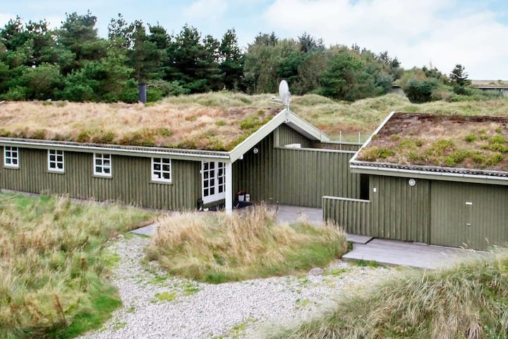 Lovely Holiday Home in Løkken with Sauna