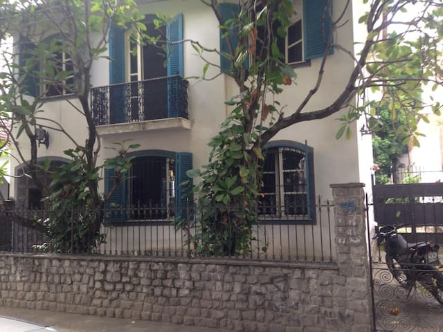 Casa colonial , vila isabel,grajaú - Rio de Janeiro - Dom