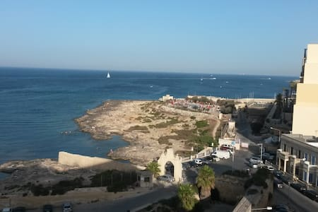 Penthouse in the heart of St Julians - Appartement