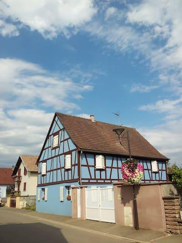 Appartement dans maison alsacienne - Houssen