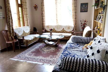 Himalayan Heritage Home Stay in Kais, Kullu Valley - Kullu - Inap sarapan