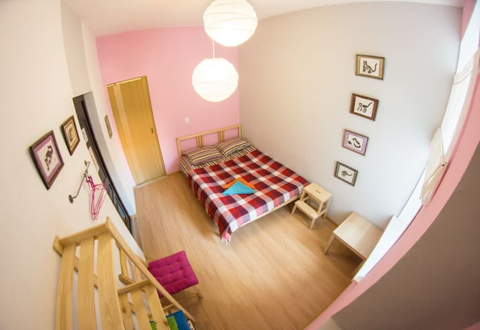 Economy Double Bed Apartment in the center (20)