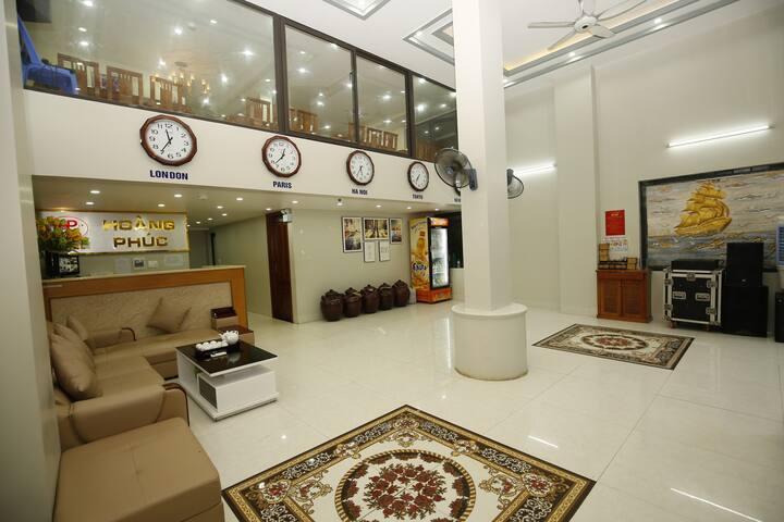 2 star new hotel Cat Ba center