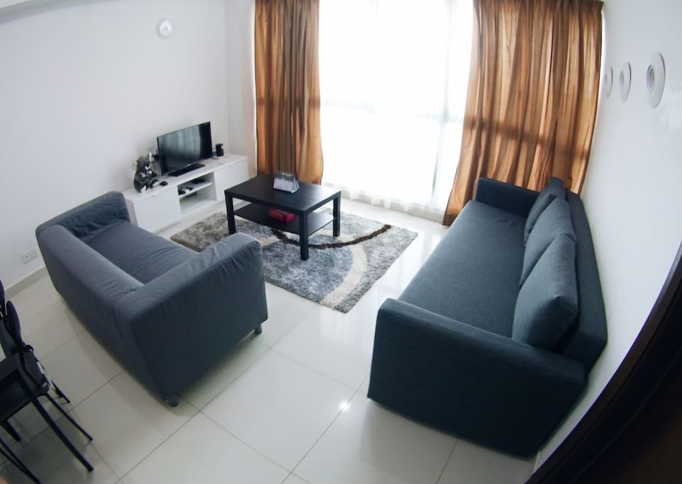 Living room with Cable TV and High Speed Internet/WiFI