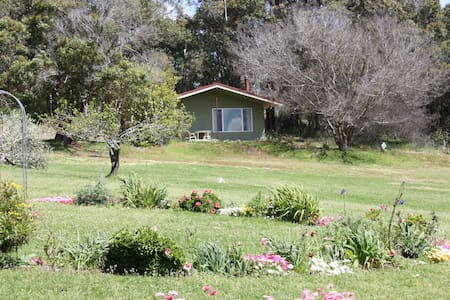 Chelsie's Country Cottages  No2 - Kalgan - Chalet