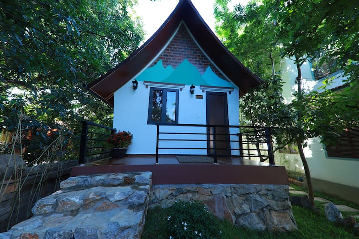 Tropical Valley Homestay-Family Bungalow Mountain