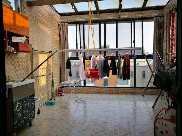 阁楼,还有漂亮的大阳光房 - Nanjing - Apartamento