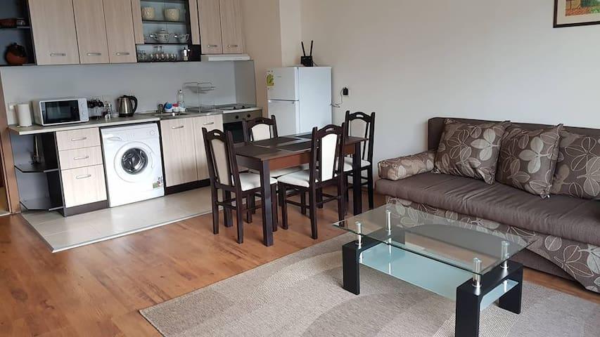 Living Room & Kitchen Box