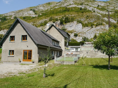 Chalet for groups near Tourmalet