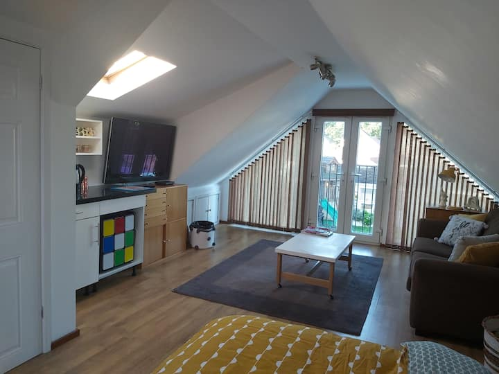 Large bright loft room in Southampton bungalow.