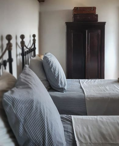Le Bezy Boutique Bed and breakfast (Chambre Cinq)