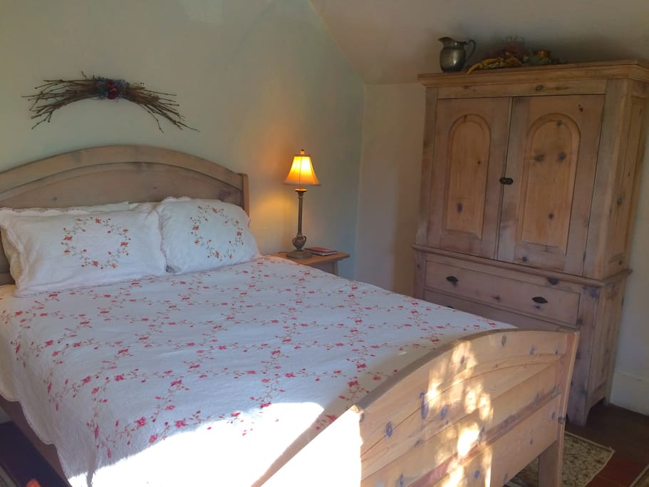 Extra-long queen bed and armoire