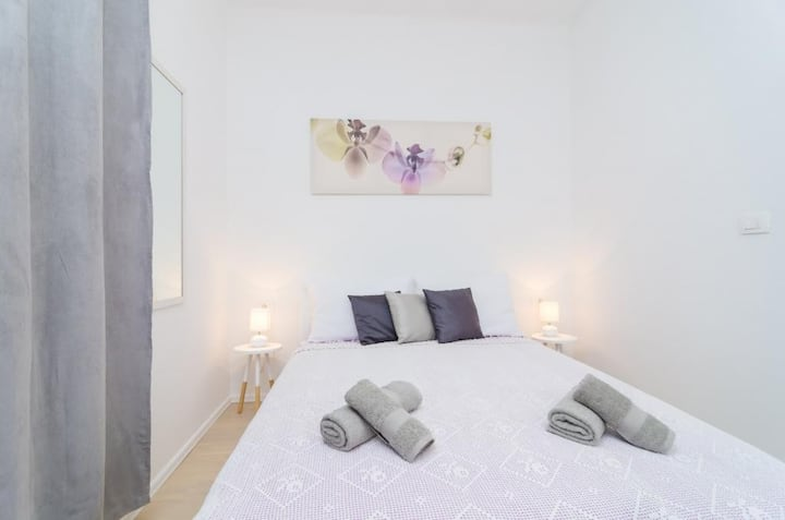 Studios IM - Studio Apartment with Shared Terrace (A2)