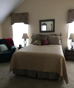 Master bdrm/bath private floor - Bluffton