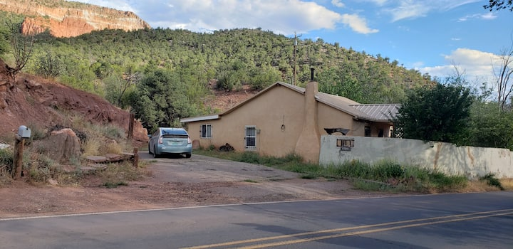 Historic Luna House in Jemez Springs