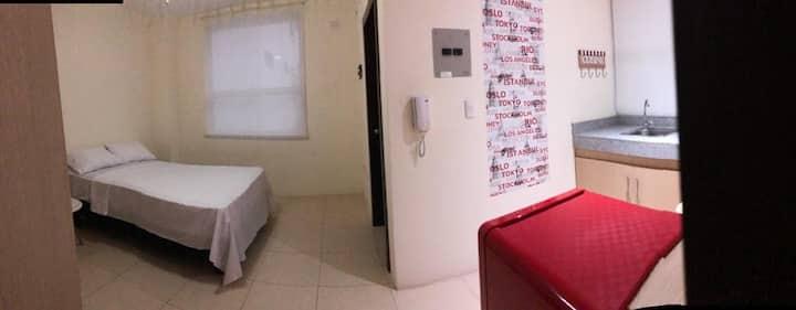 Suite comfortable en Manta. Excelente ubicación.
