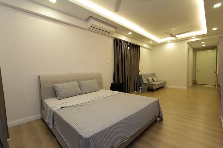 Studio Suite- Near SubangAirport. AraDamansaraLRT