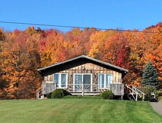 Endless Views Catskill Mountains Retreat