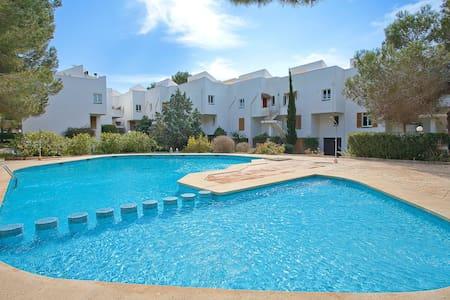Apartamento con piscina comunitaria - Sol de Mallorca