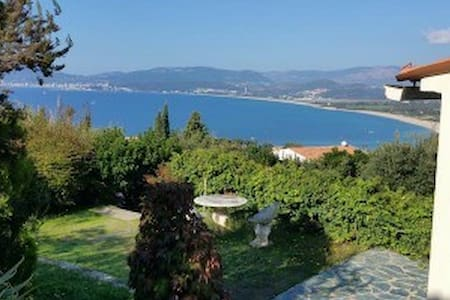 Belle villa - up to 6ppl - vue mer - Porticcio