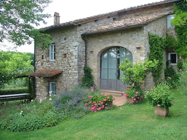 Beautiful house/villa, great views near Lucca/sea - Capannori - Hus