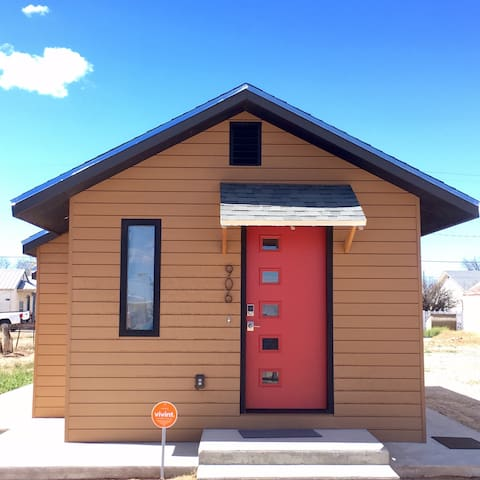 Tiny House with Big Amenities in Artesia!
