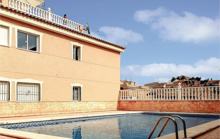 Holiday apartment with 2 bedrooms on 55 m² in Formentera del Segura