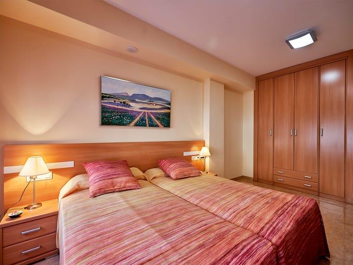 Habitación doble con 2 camas y con vistas