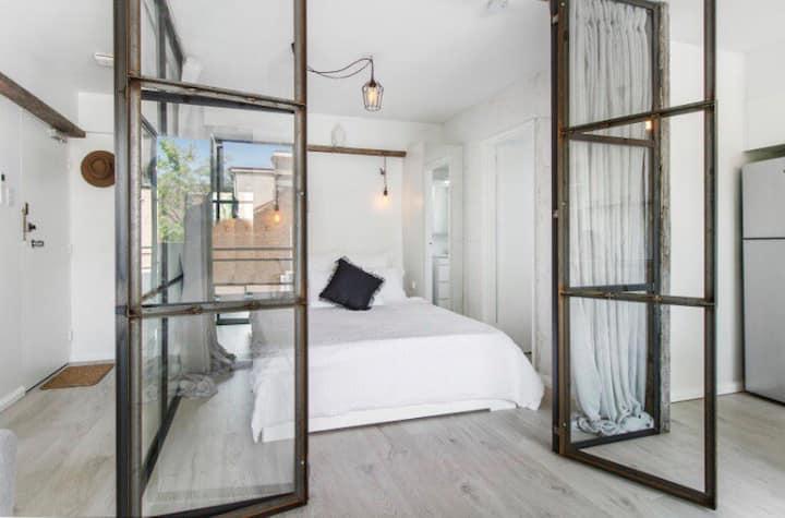 Designer apartment in perfect location