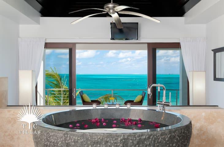 Sea Edge Villa  // Grace Bay Beach // Convenient Turtle Cove location
