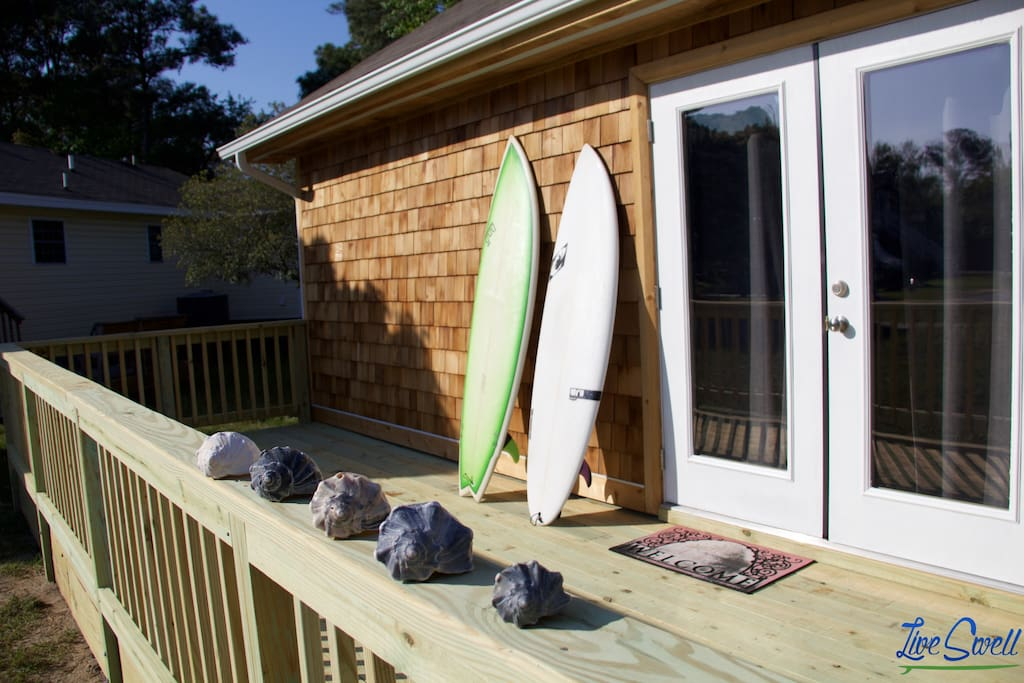 "Bring your surf gear and catch some waves at the ""Wave Magnet"" - OBX"