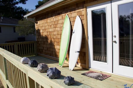 Chill Beach and Surf Bungalow OBX - Kill Devil Hills - House