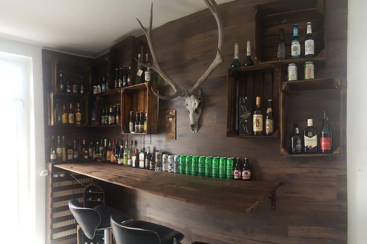 Schöne Unterkunft Leipzig mit gemütlicher Bar