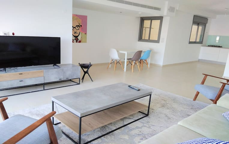 Luxury apartment In Giva'at Shmuel