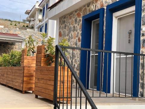 Ness House Datça - Geniş Veranda ve Arka Bahçeli